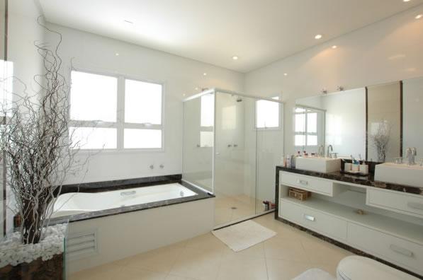 Latest bathroom renovation done in melbourne for Bathroom renovation companies melbourne
